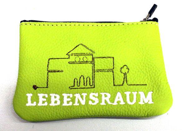 Schlüsseltasche aus ECHTEM Leder mit Ihrem Firmennamen / Logo bestickt.