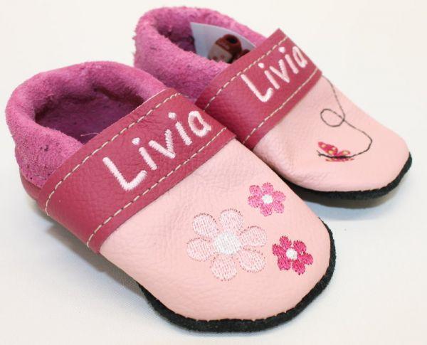 Puschen aus Leder Gr.17 mit Namen Livia